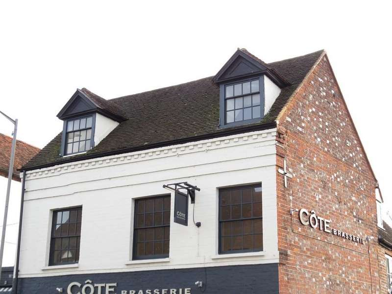 2 Bedrooms Flat for sale in West Street, Marlow