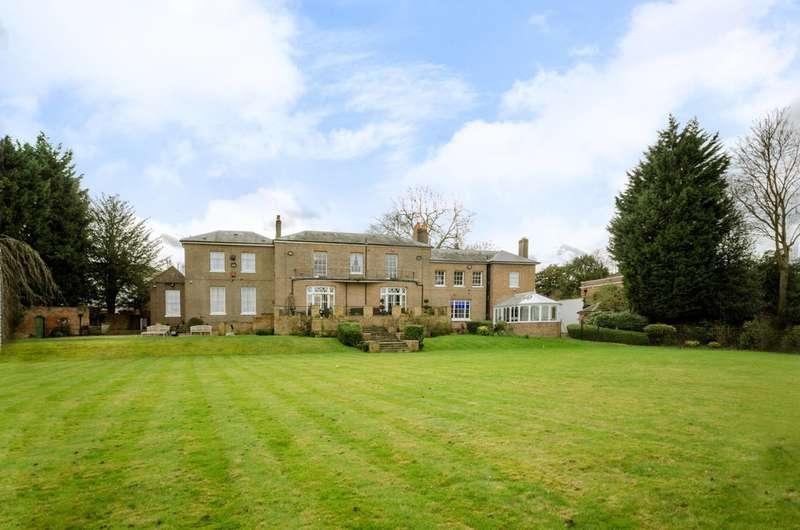9 Bedrooms Detached House for rent in Hadley Green Road, Hadley Wood, EN5