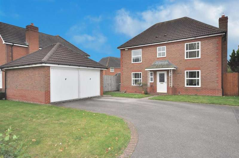 4 Bedrooms Detached House for sale in Hutchinson Road, Newark