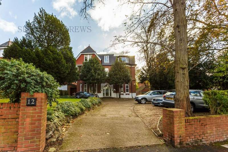 3 Bedrooms Apartment Flat for sale in Montpelier Road, Ealing, W5