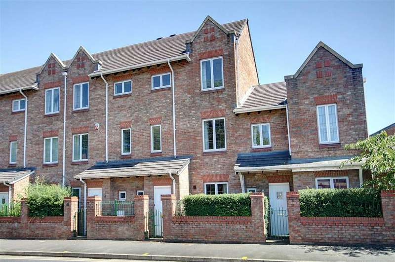 4 Bedrooms Mews House for sale in Oakfield Road, Altrincham, Cheshire