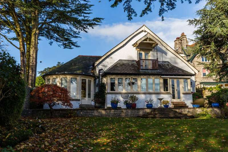 5 Bedrooms Detached House for sale in 17 Berners Close, Grange-Over-Sands, Cumbria, LA11 7DQ