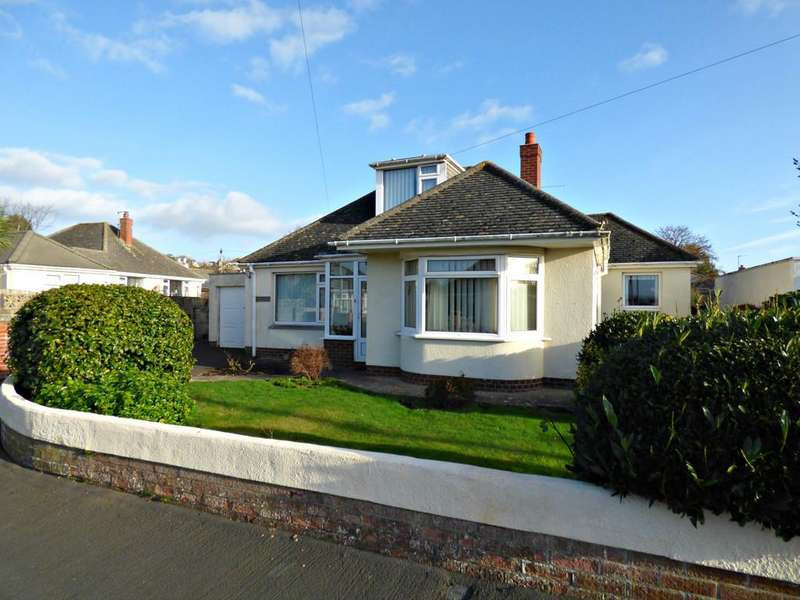 3 Bedrooms Detached Bungalow for sale in Princess Road, Kingsteignton, TQ12 3JP