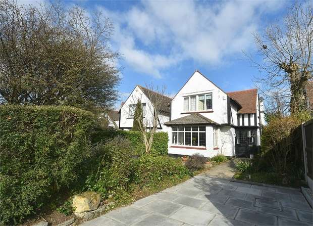 4 Bedrooms Detached House for sale in Millmead Road, Margate, Kent