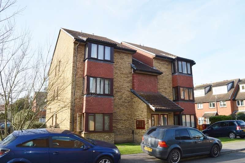 Studio Flat for sale in Mead Avenue, Langley, SL3
