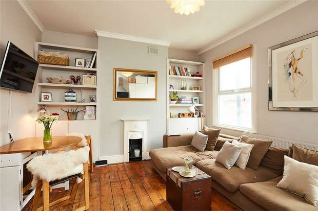2 Bedrooms Flat for sale in Kilburn Lane, Queens Park, London