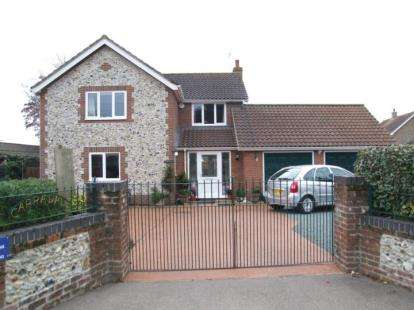 4 Bedrooms Detached House for sale in Hopton, Diss, Suffolk