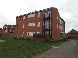 2 Bedrooms Flat for sale in Frinstead Gardens, Stanhope, Ashford, Kent