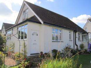 3 Bedrooms Bungalow for sale in North Way, Felpham, West Sussex