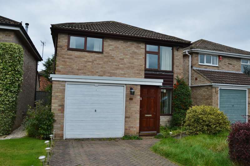 3 Bedrooms Detached House for sale in Dalewood Walk, Stokesley, North Yorkshire, TS9 5JB