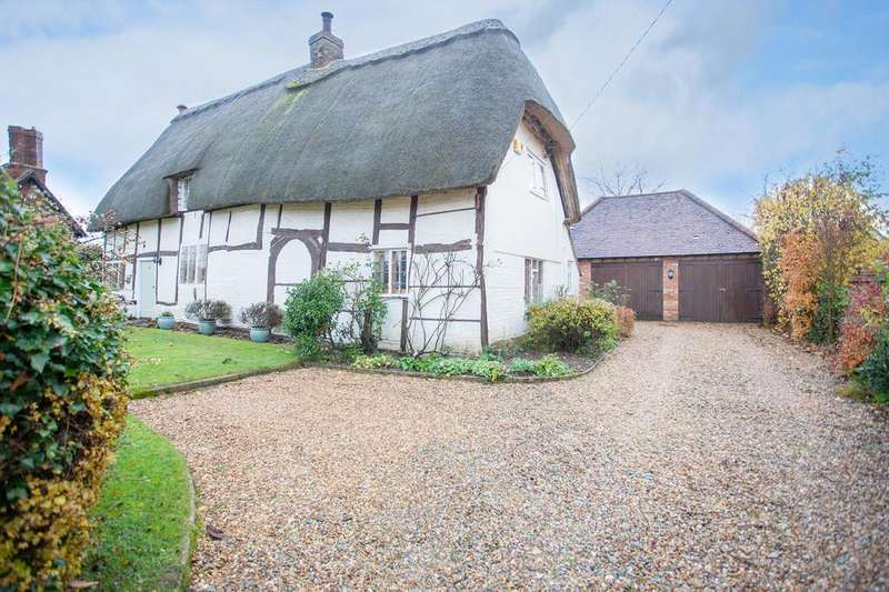 3 Bedrooms Cottage House for sale in Orchard Way, Botolph Claydon
