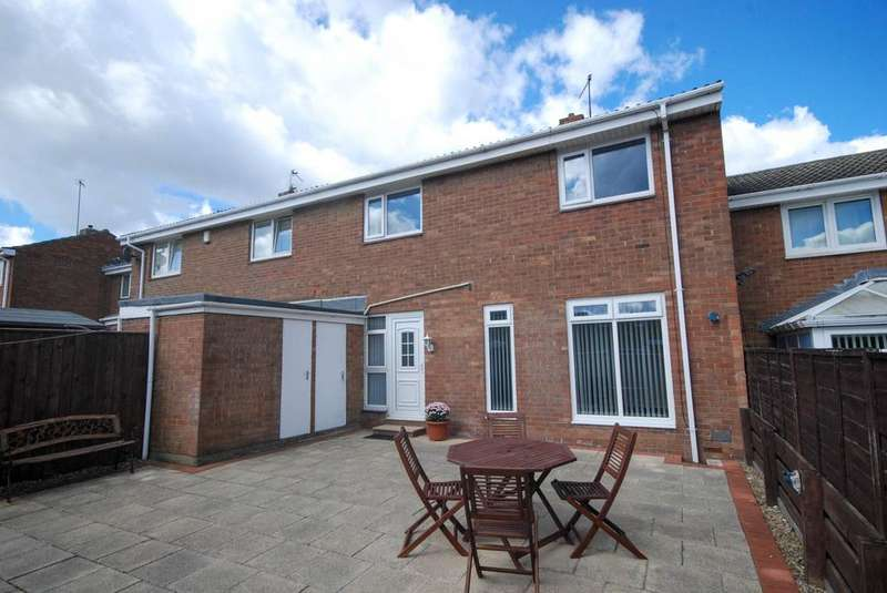 2 Bedrooms Terraced House for sale in Seine Court, Jarrow