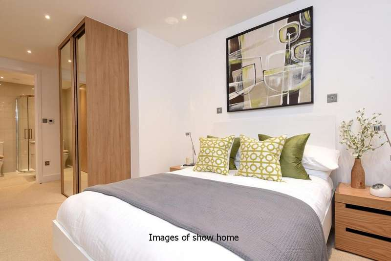 2 Bedrooms Flat for sale in Larkhall Rise, Clapham, SW4