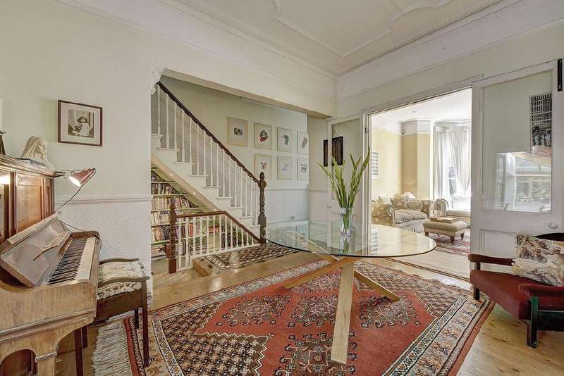 5 Bedrooms Terraced House for sale in Plympton Road, Brondesbury, NW6