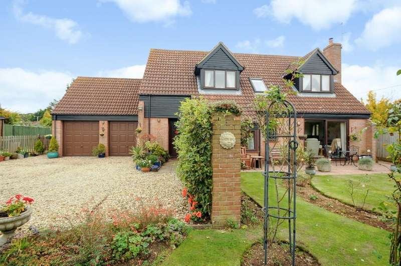 4 Bedrooms Detached House for sale in Drayton, near Abingdon