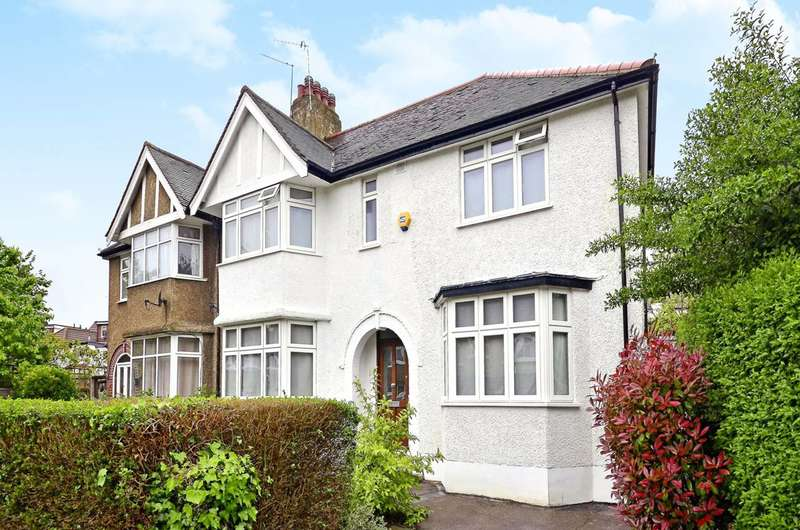 4 Bedrooms Semi Detached House for sale in Holders Hill Gardens, Hendon, NW4