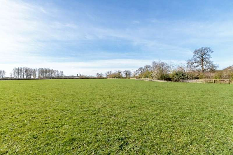 Land Commercial for sale in Kennelwood Meadows