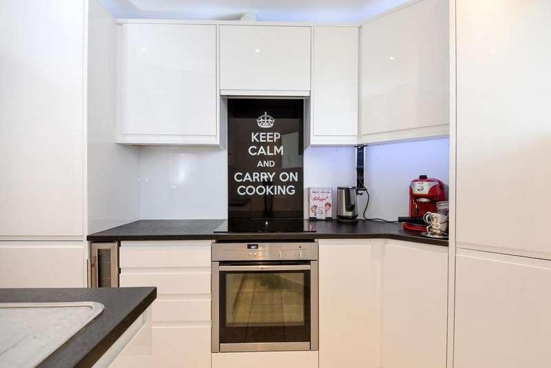 1 Bedroom Flat for sale in Hamlet Gardens, Hammersmith, W6