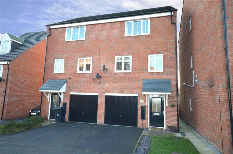 3 Bedrooms Town House for sale in Waggon Road, Leeds, West Yorkshire