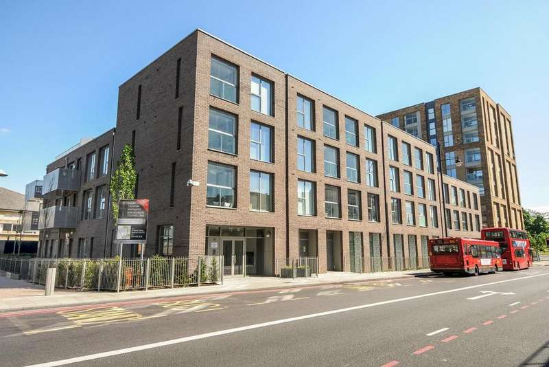 1 Bedroom Flat for sale in The Junction, Brixton, SW9