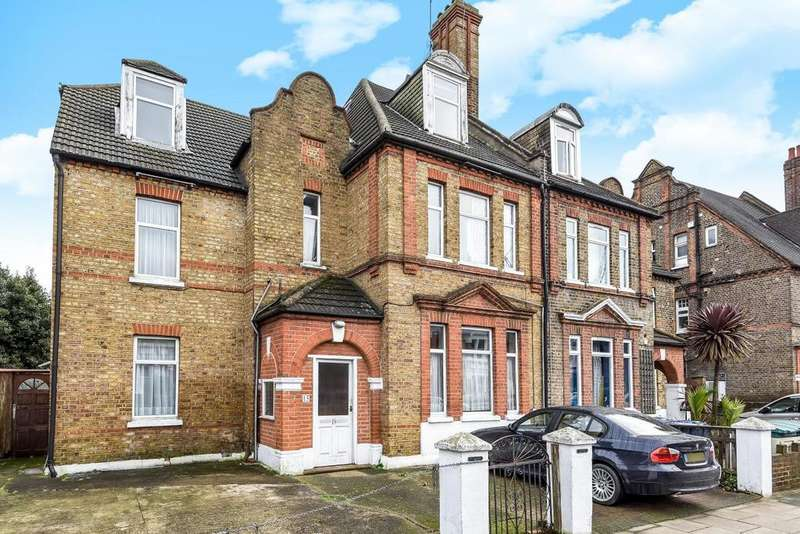 8 Bedrooms Semi Detached House for sale in Newburgh Road, Acton, W3
