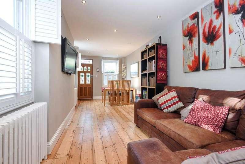 3 Bedrooms Detached House for sale in Craigerne Road, Blackheath, SE3