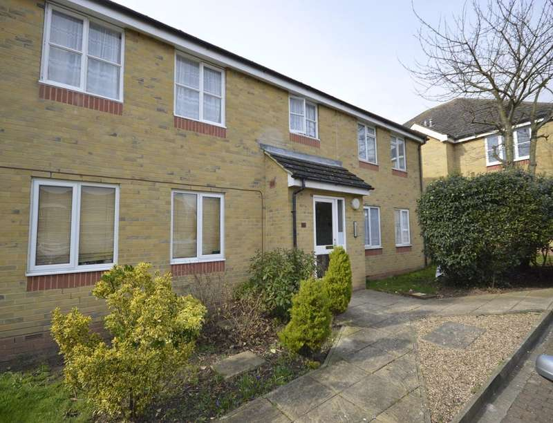 1 Bedroom Flat for sale in Nursery Gardens Butt Haw Close, Hoo, Rochester, ME3