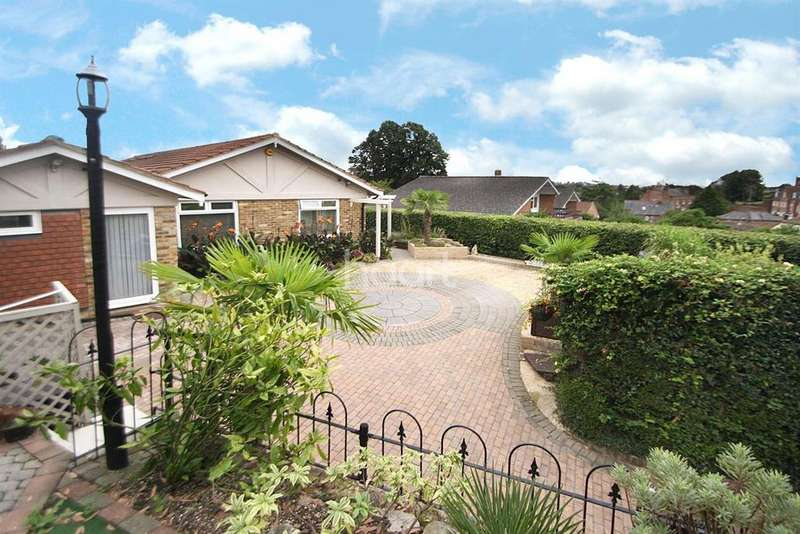 4 Bedrooms Bungalow for sale in Barrells Down Road