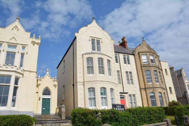 2 Bedrooms Apartment Flat for sale in Upper Kewstoke Road, Weston-super-Mare