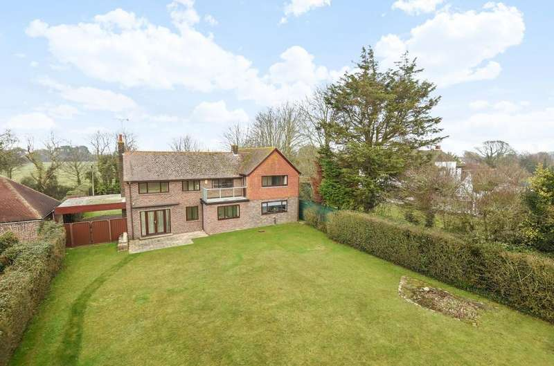4 Bedrooms Detached House for sale in Hoe Lane, Flansham, Bognor Regis, PO22