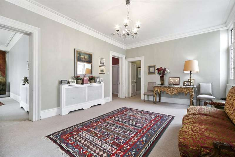 5 Bedrooms Flat for sale in Cromwell Road, London, SW5
