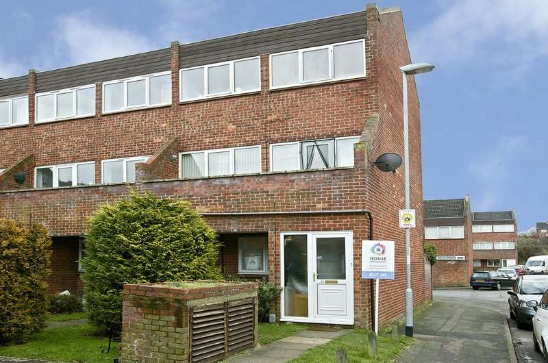 3 Bedrooms Maisonette Flat for sale in North Norwich