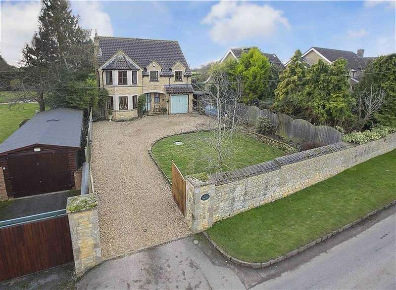 4 Bedrooms Detached House for sale in Hardwick Village, Hardwick