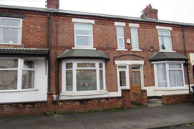 3 Bedrooms Terraced House for sale in Bourne Street, Netherfield, Nottingham, NG4