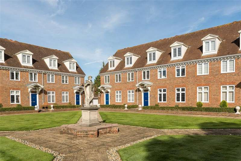4 Bedrooms End Of Terrace House for sale in The Square, High Pine Close, Weybridge, Surrey, KT13