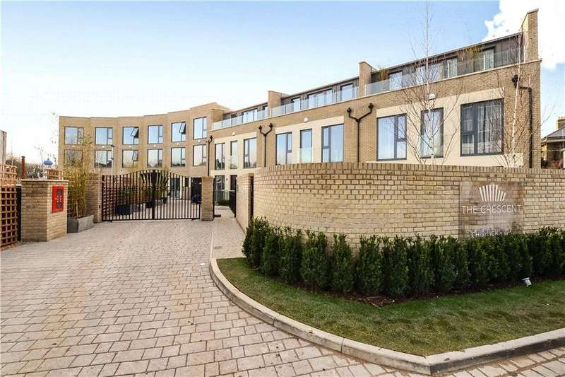 3 Bedrooms Mews House for sale in The Crescent, Chiswick, London, W4