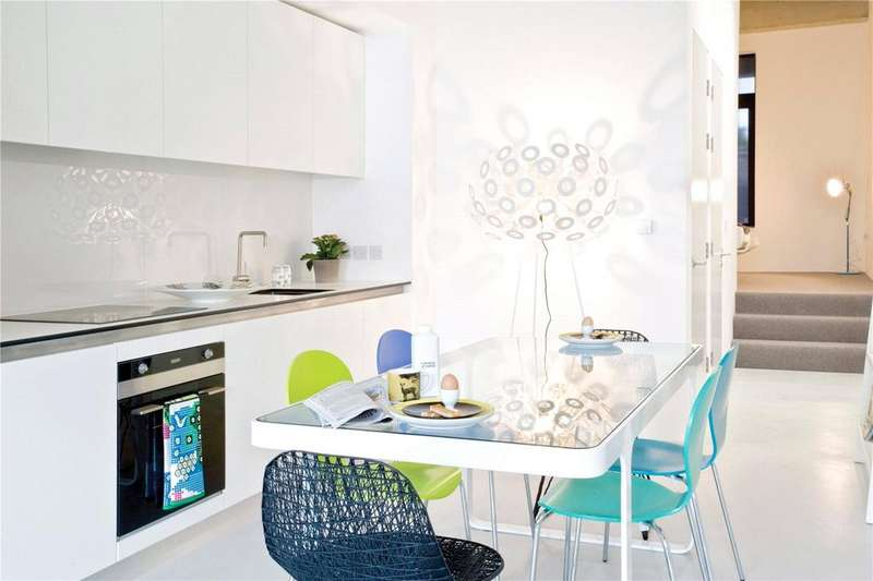 1 Bedroom Flat for sale in Apartment 172, East Wing Lakeshore, Crox Bottom, Bristol, BS13
