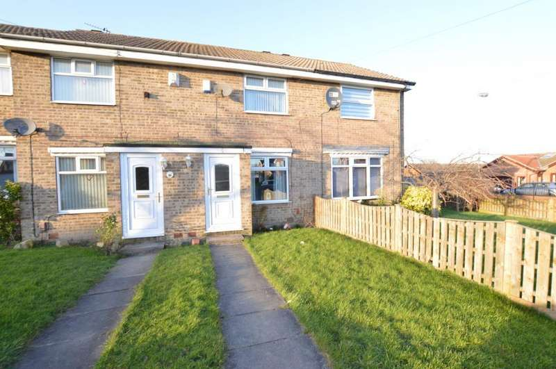 2 Bedrooms Terraced House for sale in Ashmore Drive, Ossett, West Yorkshire