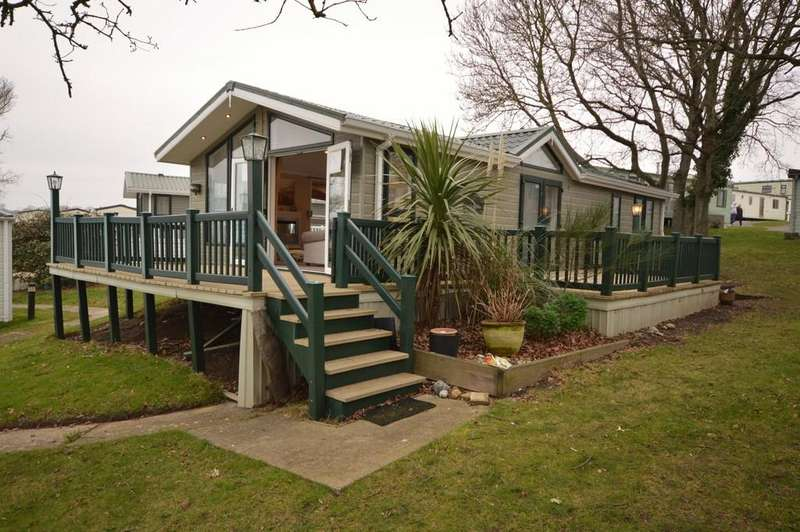 2 Bedrooms Mobile Home for sale in Nodes Point Holiday Park, St Helens