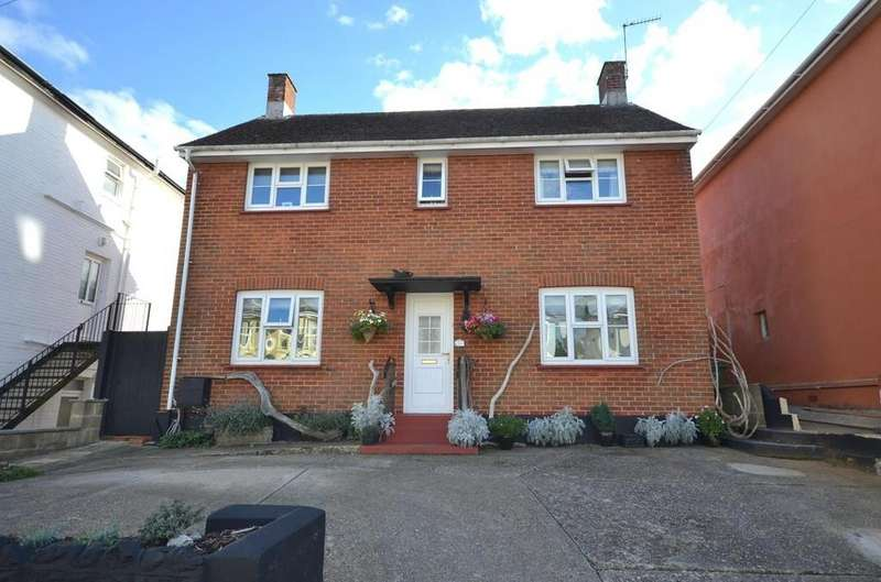 3 Bedrooms Detached House for sale in Atherley Road, Shanklin