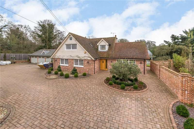 5 Bedrooms Detached House for sale in Danesbury Park Road, Welwyn, Hertfordshire