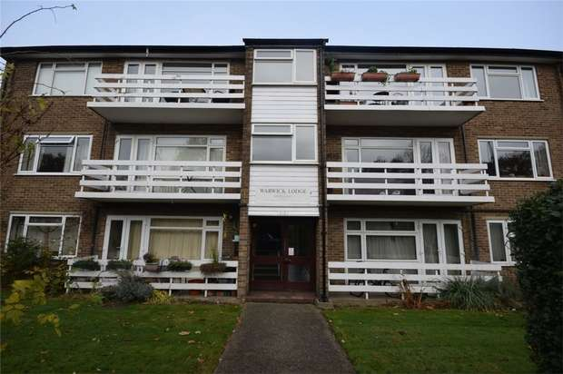 2 Bedrooms Flat for sale in Warwick Lodge, Staines Road, Twickenham