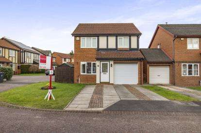 3 Bedrooms Detached House for sale in Agricola Court, Faverdale, Darlington