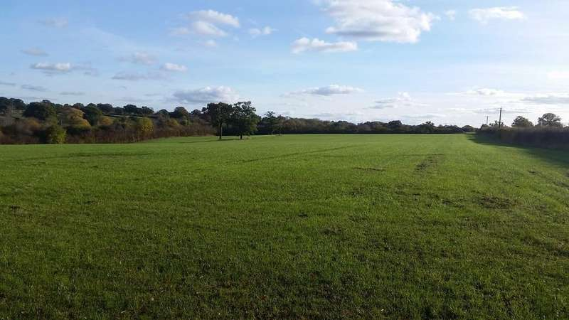 Land Commercial for sale in Accommodation Land At Station Road
