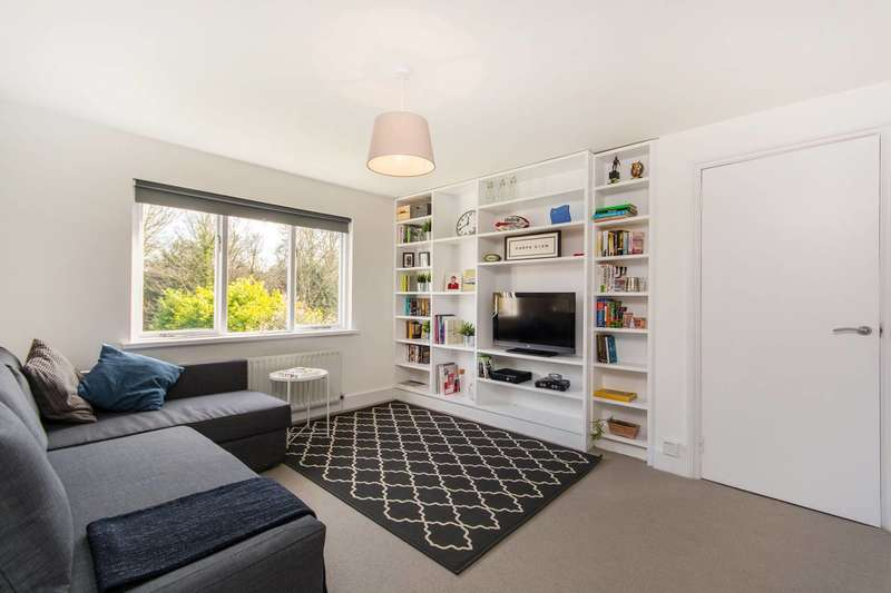 1 Bedroom Flat for sale in Birdhurst Rise, South Croydon, CR2