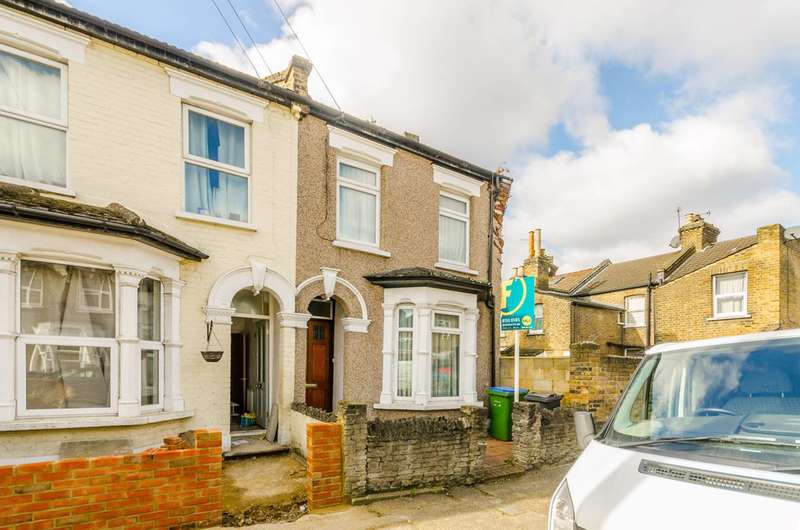 3 Bedrooms End Of Terrace House for sale in Kingsdown Road, Leytonstone, E11