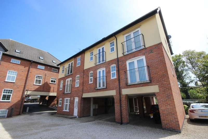 2 Bedrooms Apartment Flat for sale in The Sycamores, Woodville