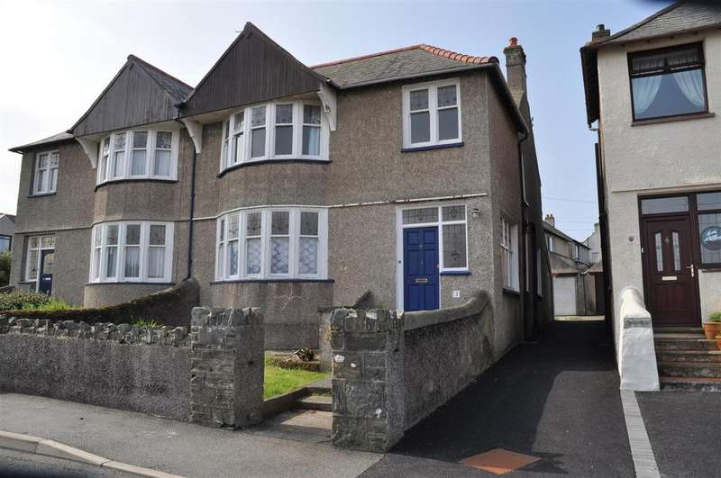 4 Bedrooms House for sale in Tan Y Bryn Road, Holyhead