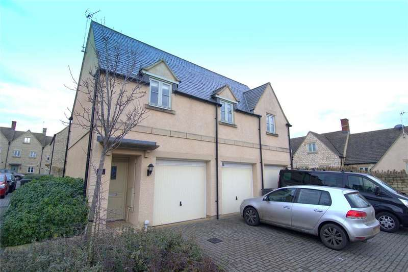 2 Bedrooms Maisonette Flat for sale in Savory Way, Cirencester, GL7