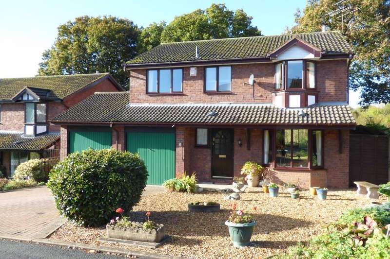 4 Bedrooms Detached House for sale in Newbury Close, Wildwood, Stafford